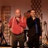 Gérard Morel chante la bouche pleine