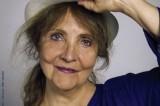Michèle Bernard : le facteur passe toujours deux fois