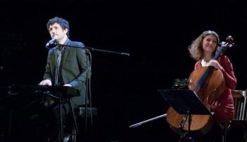 Albin de la Simone en concert (photos d'archives Athos99)