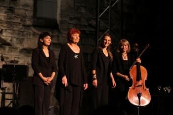 Anne Sylvestre et ses musiciennes (photos Catherine Cour)