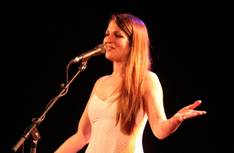 Lise Martin à Barjac 2014 (photo Catherine Cour)