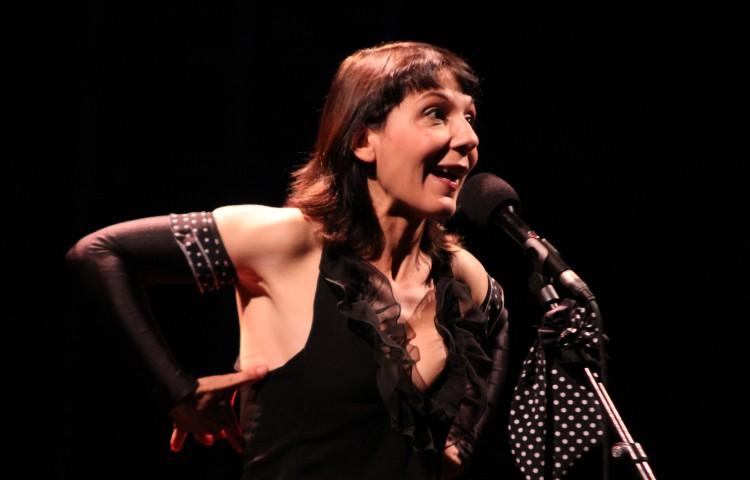 Nathalie Miravette à Barjac (photos Catherine Cour)