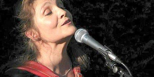 Michèle Bernard : c'est elle qu'on reprend, qu'on reprise ce soir (photos DR)