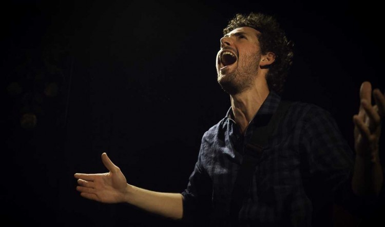 Elie Guillou (photo Flavie Girbal / Hexagone)