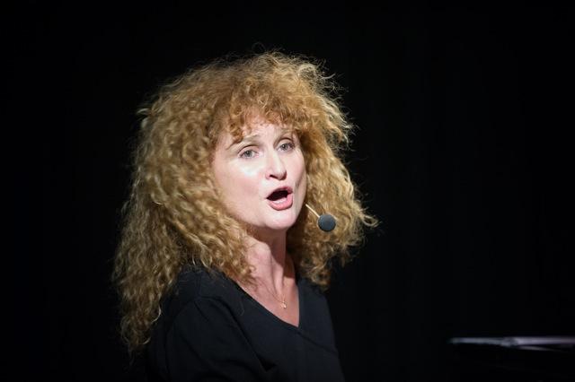 Véronique Pestel, moisson de nouvelles chansons (photos DR)
