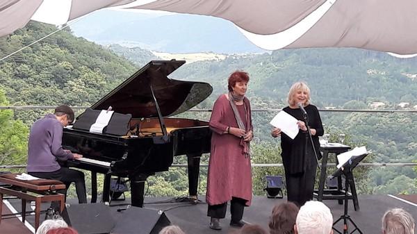 Nathalie Fortin, Anne Sylvestre et Francesca Solleville (photo Laurence Beauperin)
