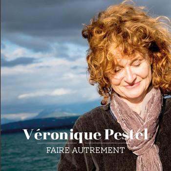 En exclusivité pour NosEnchanteurs, la pochette du nouvel album de Véronique Pestel, qui sortira à la mi-janvier 2017.