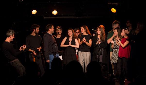 Tous en scène pour un salut final (photos)