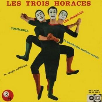 LES PETITS CÔTÉS DES GRANDS HOMMES 1956. « Grâce à Jacques Canetti, ils obtiennent une série de télévisions mensuelles très bien réalisées à la RTB, à Bruxelles. Ils y découvrent les merveilleux talents de conteur de Jean-Marc Tennberg et l'humour ravageur des sketches d'Henri Salvador. Ils expérimentent aussi la façon dont Jacques Canetti traite certains des artistes dont il s'occupe. Pour chaque émission, il les paye 20 000 francs de l'époque et les voyages en 2e classe. Ce n'est pas beaucoup mais bien mieux que rien pour des débutants. A la fin de la série, le producteur de la télévision belge, satisfait de leur participation, vient les trouver et leur propose de recommencer l'année suivante en s'excusant de ne pouvoir, budget oblige, les rétribuer davantage. Bien sûr, ils acceptent avec joie, d'autant plus que l'affaire se traite cette fois sans intermédiaire... Ils apprennent alors avec une stupéfaction indignée que le cachet par émission est de 10 000 francs et les voyages payés en 1ere classe ! Non seulement le « cher » Jacques Canetti a pris 80% des cachets mais a aussi fait un bénéfice sur les voyages... Tous les grands hommes ont leurs petits côtés. »