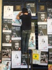 Franck Broussas, de Samedi 14, prépare l'Avignon Off de ses artistes (photo DR)