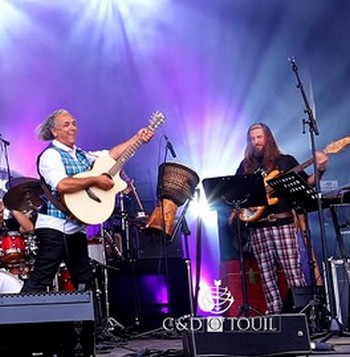 Cisalpipers-Djamel-O-Touil-Festival-Roches-Celtiques_LiveW3 bis