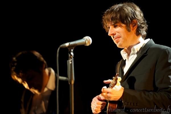 Thomas Fersen (photo Arnaud, Concertsenboite.fr)