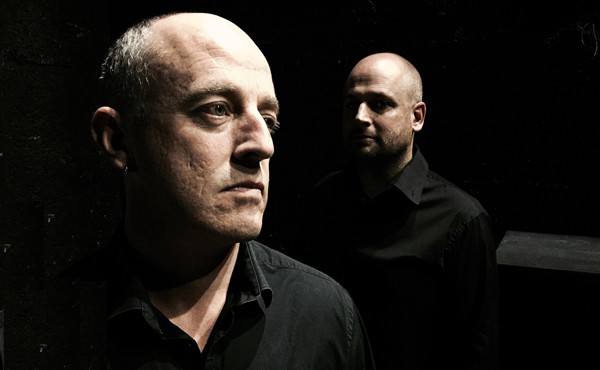Sylvain Giro et son violoncelliste, Erwan Martinerie (photo Ronan Rocher)