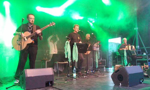 Gwendorn sur la scène de Rochetaillée (photo MK)