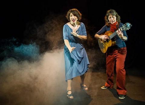 Aurélie et Vérioca (photo André Hébrard)