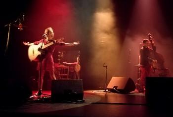 Sur la scène de (photo Céline Graye)