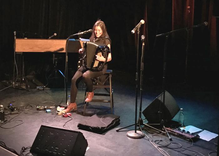 Louise O'sman en concert au Petit-Duc ©Myriam Daups