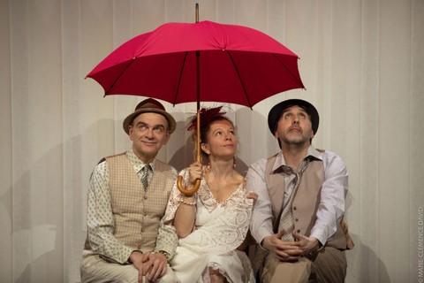 Trio Chaises (photo non créditée)