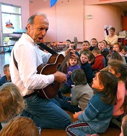 Jean Humenry et les enfants