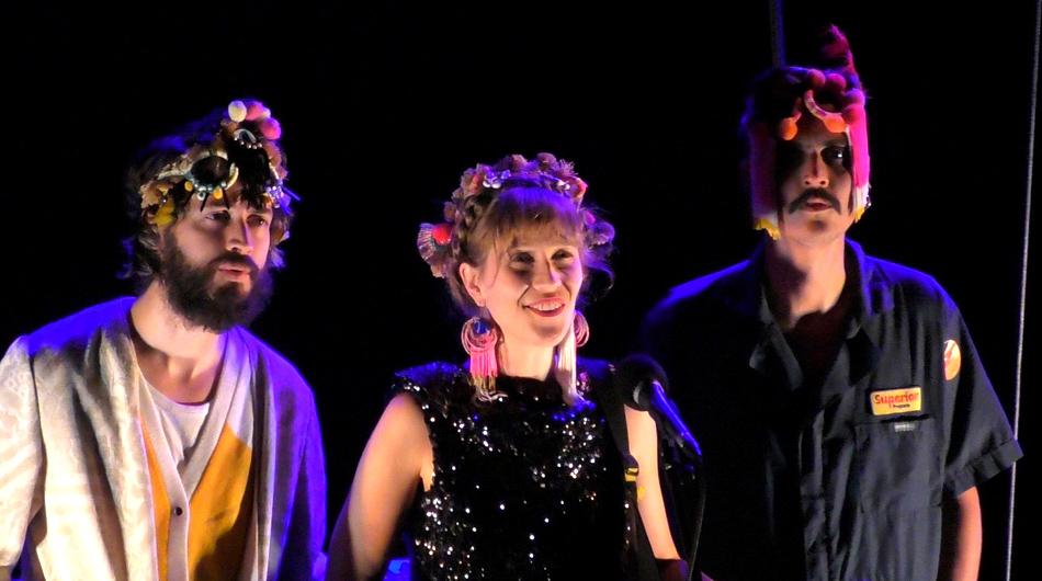 Léopoldine HH en trio à Venelles 2020 ©Alain Withier